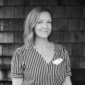 Roshelle Ritzenthaler headshot in black and white